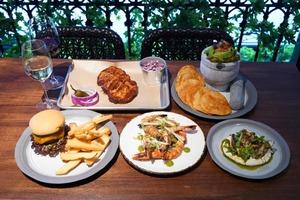 【尖沙咀美食】尖東海傍新開雙層阿根廷風餐廳Boticario!海景露台位/牛肉漢堡/泡沫Cocktail