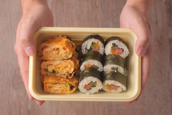 【韓國菜食譜】帶飯必學!簡易煮出韓風 韓式紫菜包飯 x 泡菜蛋卷