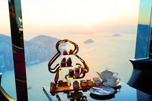 【聖誕下午茶2020】102樓無敵大海景!Ritz—Carlton麗思卡爾頓酒店聖誕熊仔tea set 72%頂級朱古力甜品/芝士泡芙