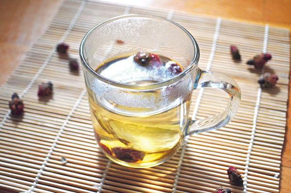改善情緒:玫瑰疏肝茶