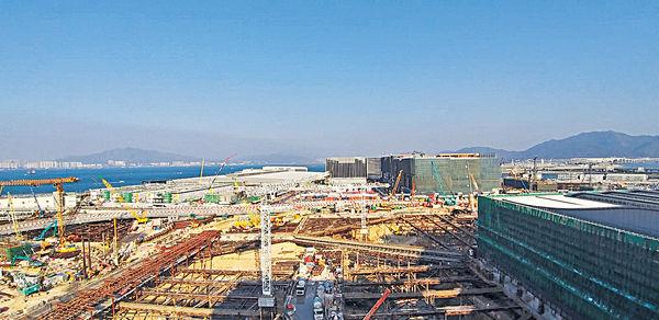 機場3跑將完成填海 明年底竣工 「11 SKIES」綜合購物娛樂 料成新地標