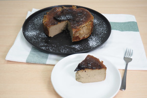 【巴斯克芝士蛋糕食譜】簡單3步就完成!  氣炸鍋版焙茶巴斯克芝士蛋糕