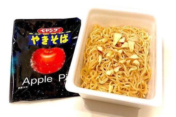 【日本手信】日本全新創意口味杯麵登場!香港都買到     大阪燒烤生蠔味/肉桂蘋果批味炒麵