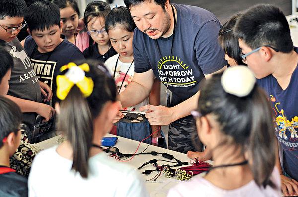 展覽+工作坊 孩子從玩樂中學習新技能