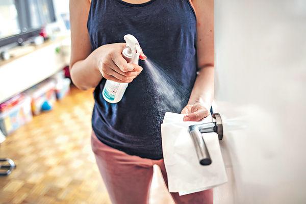 8成消毒噴劑效能有限 差過酒精漂白水