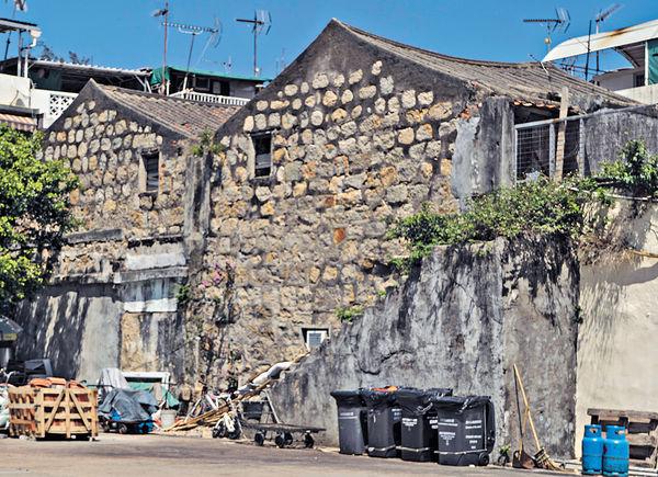 主教山蓄水池險被拆 掀民間考古熱 珍貴古迹「隱居」城中乏保育