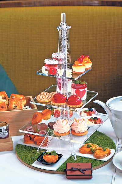 酒店新推 浪漫鐵塔Tea Set