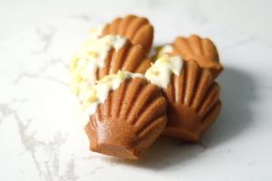 【蛋糕食譜】4步簡易整出酸甜開胃甜品!檸檬瑪德蓮蛋糕食譜