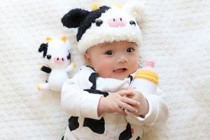 日本精靈BB可愛到融化你心~ 新年牛年造型/百變扮各款食物超得意!