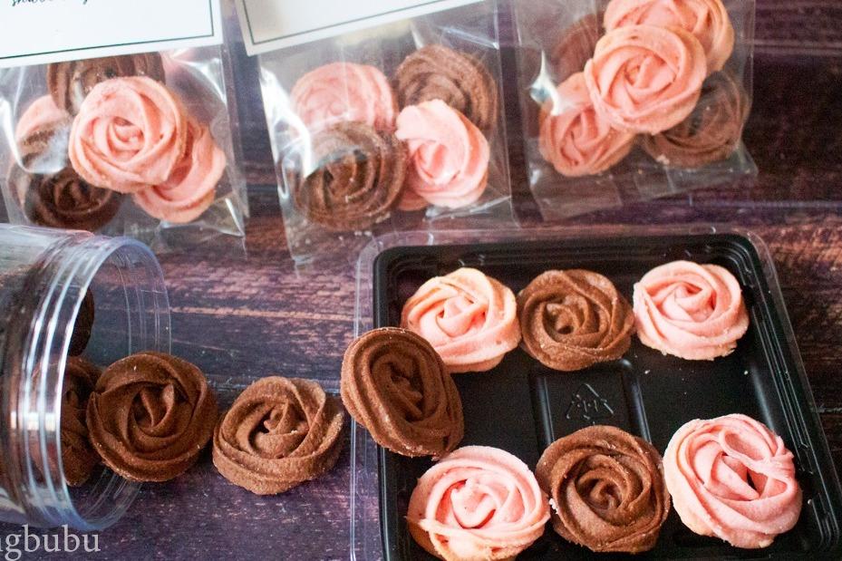 【情人節食譜】簡單自家製情人節點心  零難度3種材料就整到!   玫瑰花朱古力曲奇