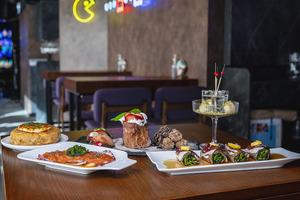 【尖沙咀美食】尖沙咀新開打卡燈海餐廳 日式炭爐燒肉Omakase/西班牙酒吧fusion小食