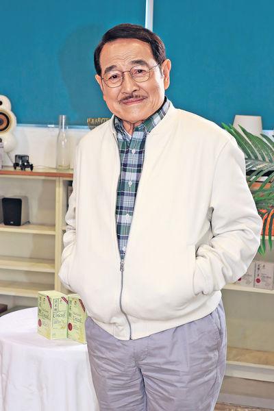 77歲曾患痛風 劉丹打疫苗要問准醫生