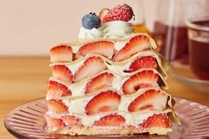 【日本Cafe】日本人氣連鎖咖啡店  熱賣超足料5層士多啤梨千層蛋糕!