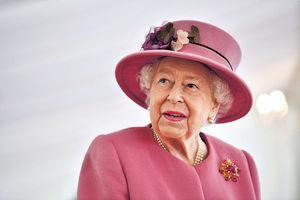 王室恩仇好睇過《王冠》
