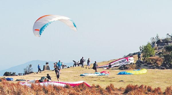 質疑滑翔傘活動監管不足 申訴署主動調查