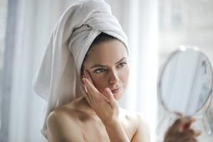 【護膚飲品】營養師推薦3步自製懶人護膚飲品 2種材料/改善暗沉蠟黃膚質(內附食譜)