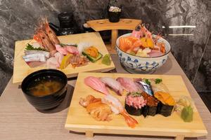 【中環美食】最平$380食到Omakase!中環新開性價比高日本菜餐廳雲壽司 親民價廚師發辦/超足料北海海鮮丼/刺身/壽司拼盤
