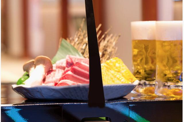 【尖沙咀美食】香港首間引入日本全自動「飛機跑道」送餐系統和牛燒肉放題店「牛八Express」 6月登陸尖沙咀
