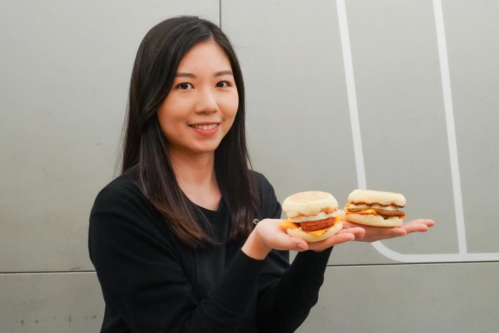 【麥當勞優惠】內附優惠tips!小編實試麥當勞厚切「新餐肉蛋漢堡」鹹香味重/似真餐肉好飽肚