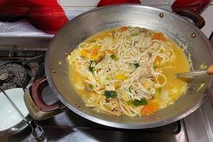 【住家飯】嫌媽媽煮菜份量經常太多 網民:有一種餓是媽媽怕你餓