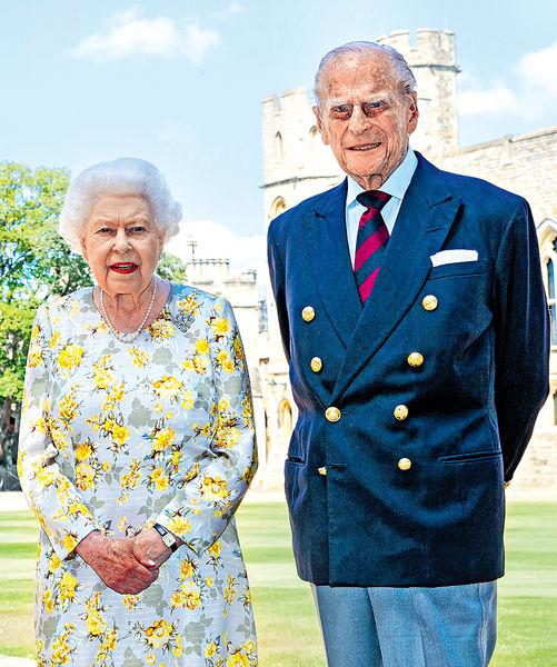 英女王喪偶4天重拾公務 王室成員將陪伴酬酢