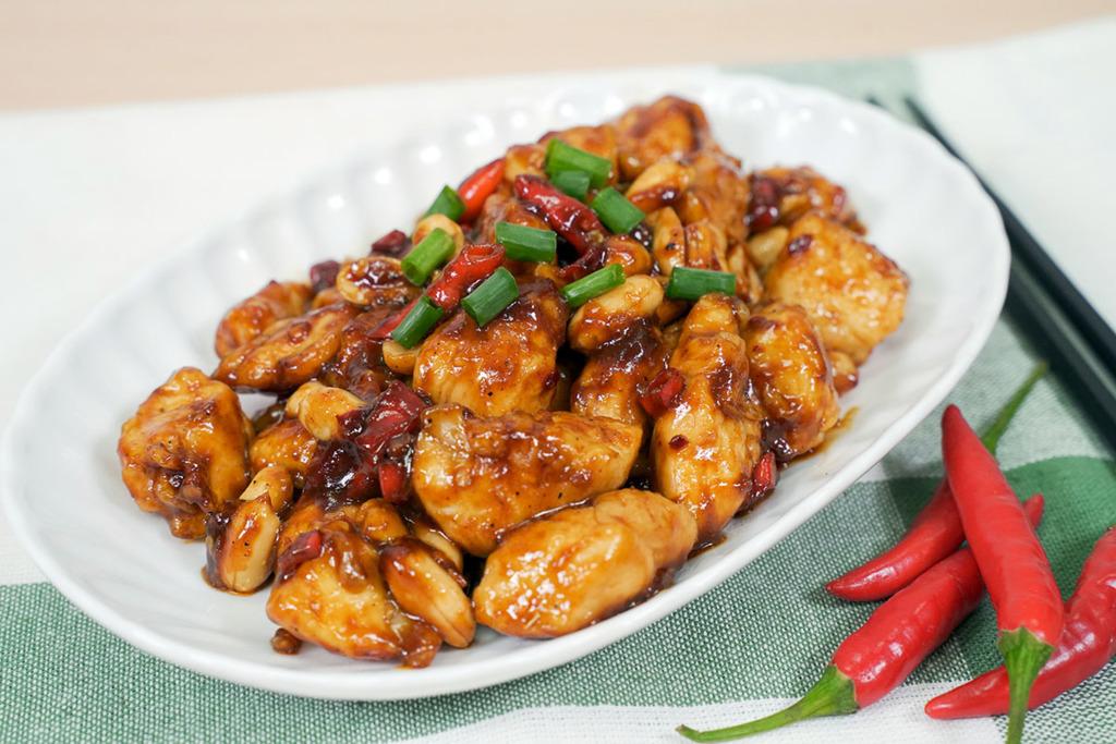 【家常菜食譜】15分鐘完成!2步超簡易香辣中式小炒  宮保雞丁食譜