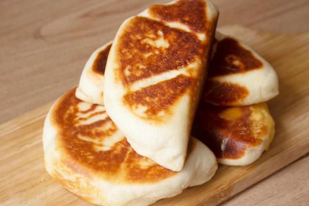 【免焗麵包食譜】免焗只需一次發酵! 超簡單平底鍋就做到 香濃芝士麵包