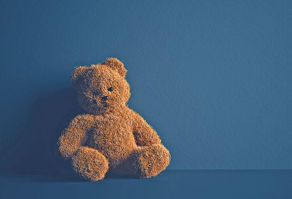 疫下獨留幼童在家增 疏忽照顧多逾2成 雙職家長用監視鏡頭湊女