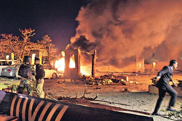 塔利班襲巴基斯坦酒店16死傷 中國大使外出避一劫