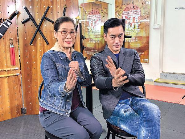 4度扮偶像 陳國坤對李小龍生憐憫