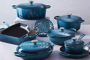 【Le Creuset開倉】Le Creuset減價開倉琺瑯鑄鐵鍋具低至6折!陶瓷花形盤 /陶瓷飯碗 /陶瓷套裝