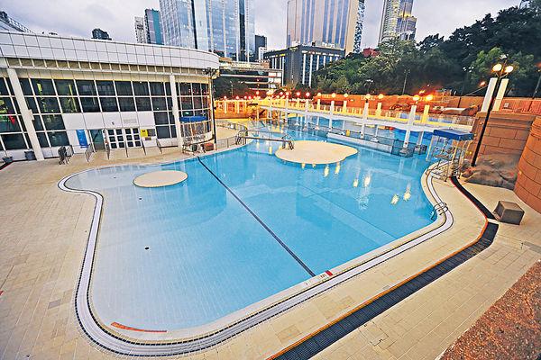 暫得120救生員 工會憂泳池泳灘重開缺人