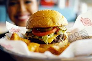 【漢堡包推介】20大全球快餐店漢堡排行榜  麥當勞巨無霸只排18/Five Guys、Shake Shack都上榜!
