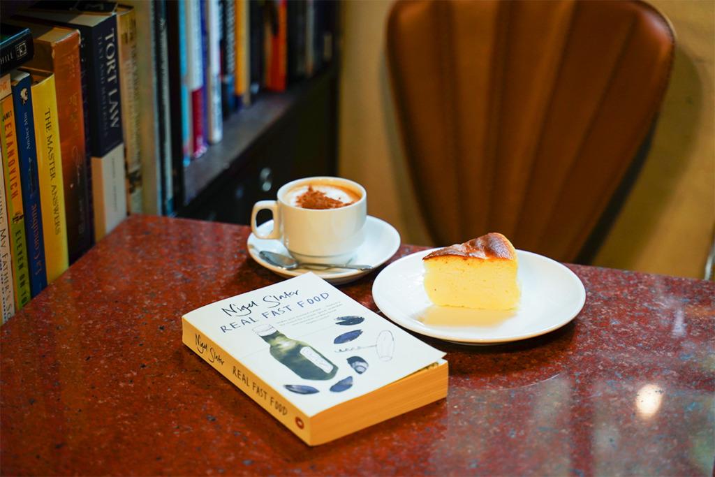 【好去處2021】假日好去處!精選3間超打卡悠閒餐廳   英倫風書店Cafe/貓貓咖啡店/文具展覽冰室
