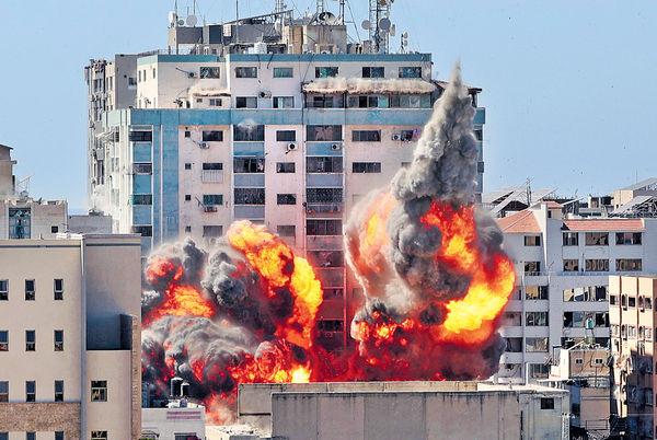 以軍炸傳媒大樓 業主促延遲攻擊遭拒 空襲加沙最少33巴人亡