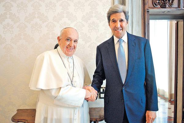 美氣候特使透露 教宗擬參與氣候大會