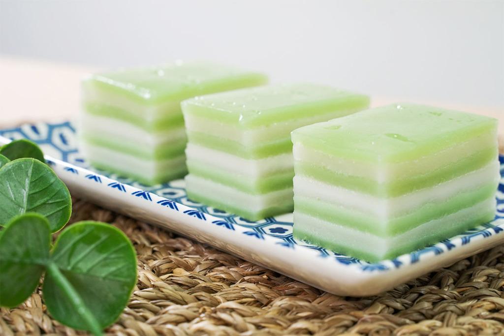 【椰汁糕食譜】3步簡易煙韌泰式夏日甜品  斑蘭椰汁糕食譜
