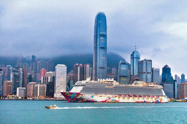 郵輪公海遊7月底啟航 玩2晚每位$1200 倘爆疫需船上隔離 叫停行程返港