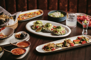 【尖沙咀美食】尖沙咀新派墨西哥餐廳PABLO  墨西哥手撕豬肉夾餅/墨西哥熔岩芝士鍋/打卡雞尾酒