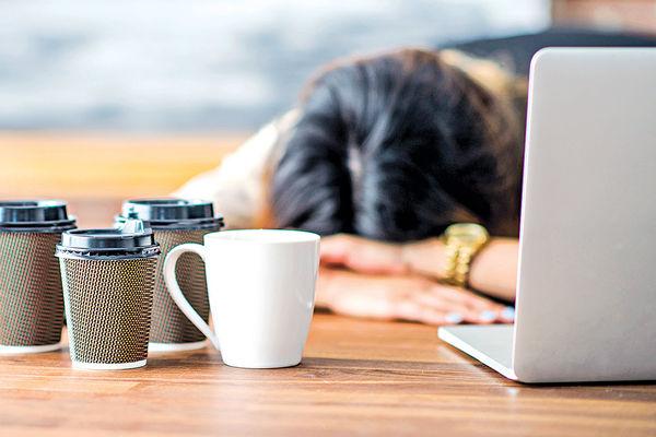 33%打工仔常OT 逾6成有過勞迹象