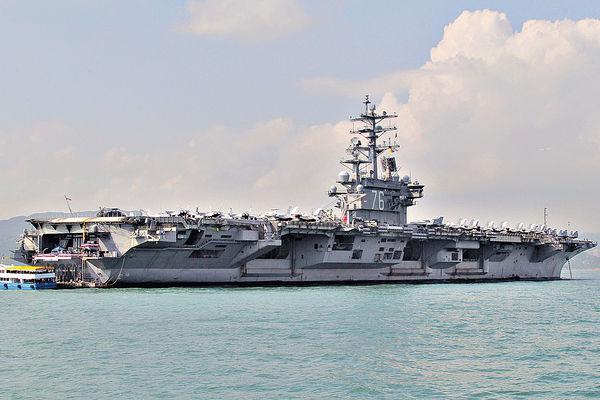 華斥北約延續冷戰思維 美列根號航母闖南海