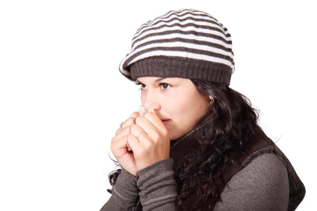 【手腳冰冷】長期處於冷氣房導致手腳冰冷? 日本醫生推介1個簡單動作促進血液循環