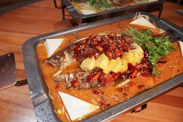 【食用安全】55歲男食酸菜魚只淥10秒 肝臟被「掏空」塞爆肝吸蟲卵(附5大方法預防感染)