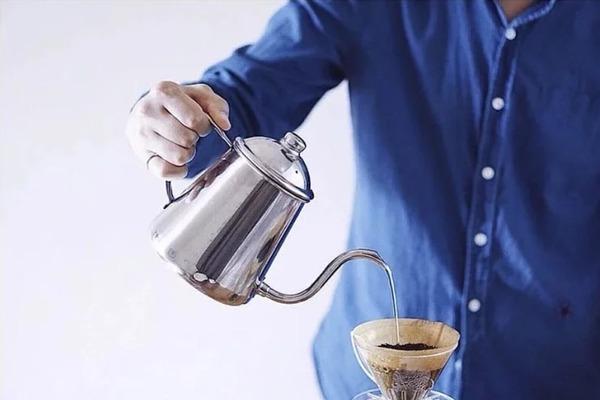 【手沖咖啡壺】8款手沖咖啡壺推薦!手沖壺種類/日本Kalita/HARIO/Brewista溫控手沖壺/最平$200有找