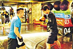 為拳擊比賽激減18磅 鄭俊弘否認太太代為出氣