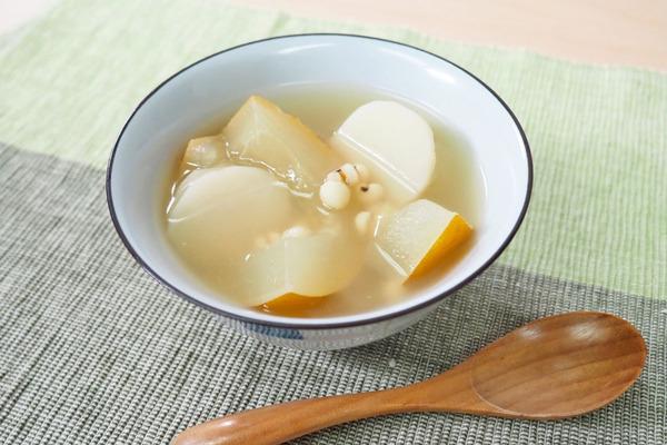 【夏天湯水】消熱解暑、健脾去濕夏天湯水  老黃瓜淮山薏米湯