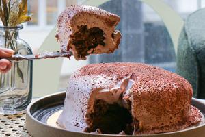 【生日蛋糕】香港人氣生日蛋糕8大推介!立體貓山王榴槤蛋糕/爆漿朱古力蛋糕/10cm厚拿破崙蛋糕