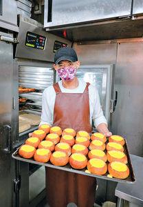 網上爆紅法式布甸麵包 日賣700個
