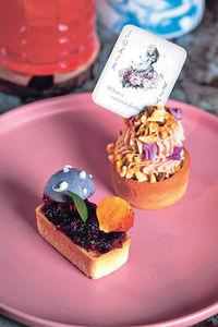愛麗絲童話下午茶 主題美食 + 限定精品