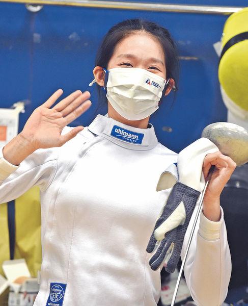 港女子重劍隊明出賽 江旻憓望奪首牌